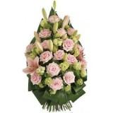 Погребален венец с розови цветя