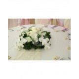 Аранжировка за маса от рози и орхидеи A19